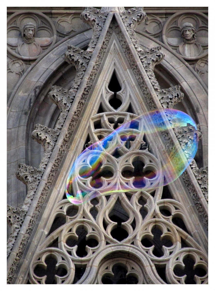 Color Photograph, cathedral, Barcelona, Spain, bubble (large view)