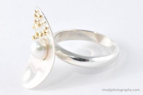 """""""Pearl Beach"""" Ring"""