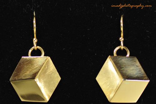 """""""Cubic"""" gold earrings"""