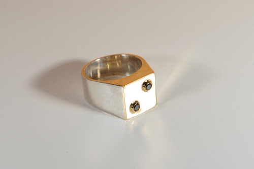Me's Black Diamond Ring