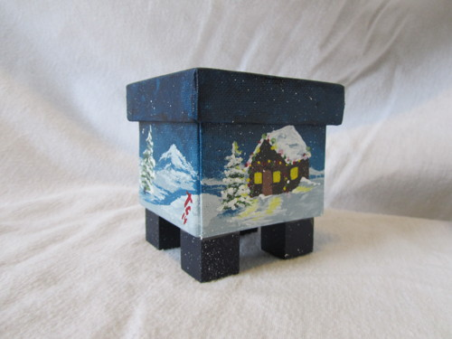 Christmas Cabin Trinket Box