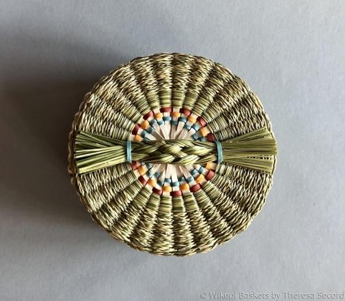 Sweet grass collar basket