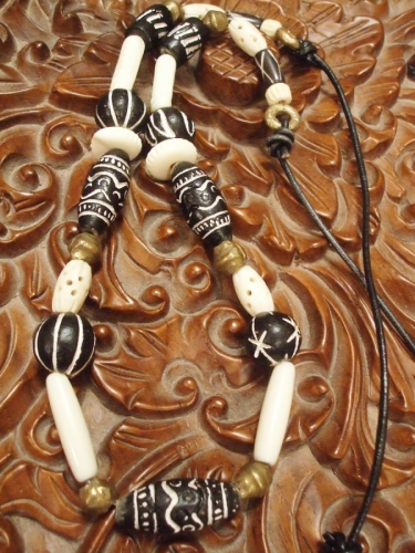 #292 Black & White African Necklace
