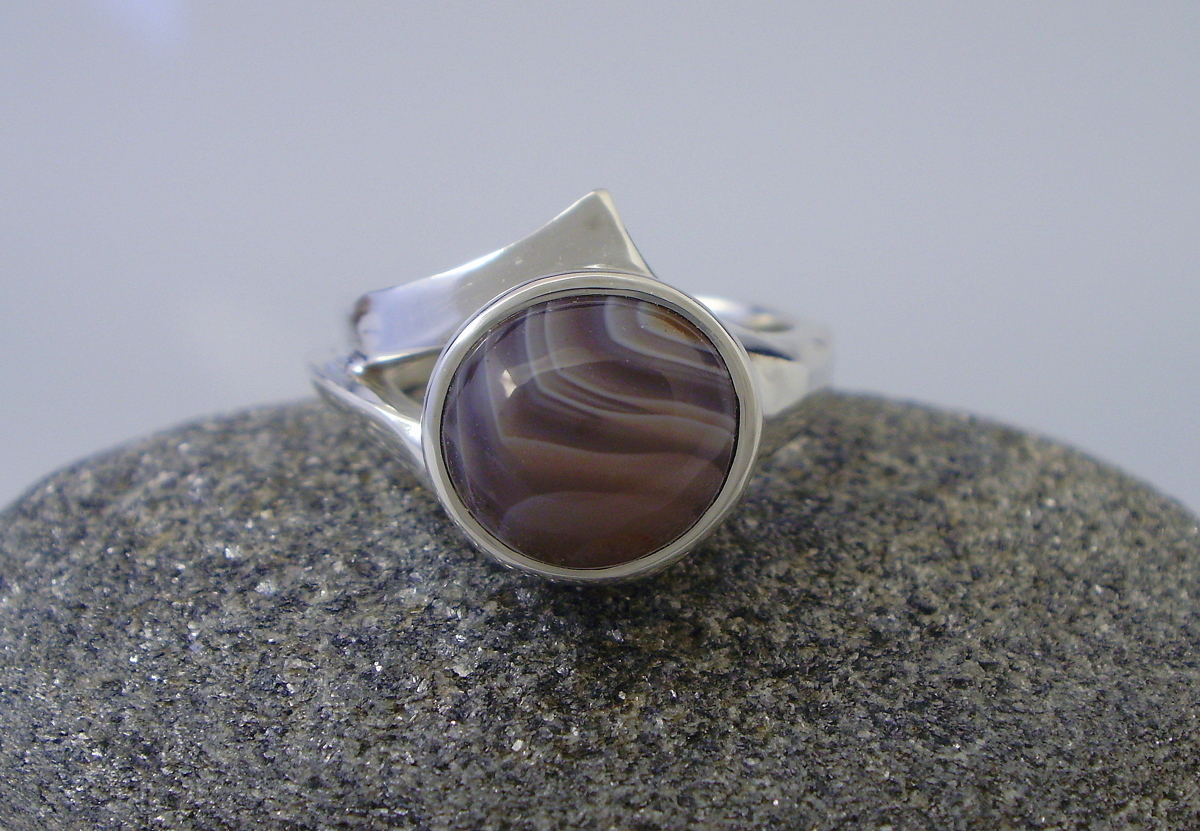 10mm Lake Superior Agate Ring (large view)
