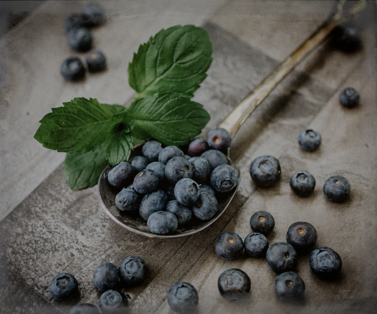 A Spoonful of Blueberries (large view)