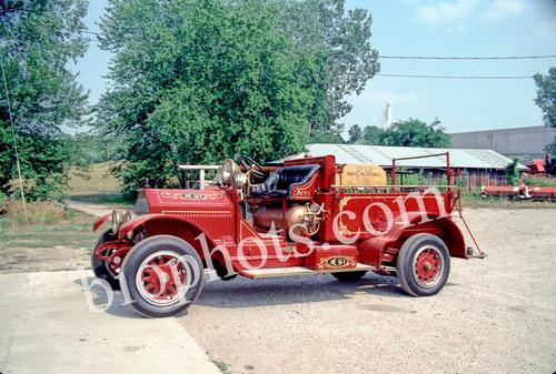 1913 Soda Acid Fire Truck