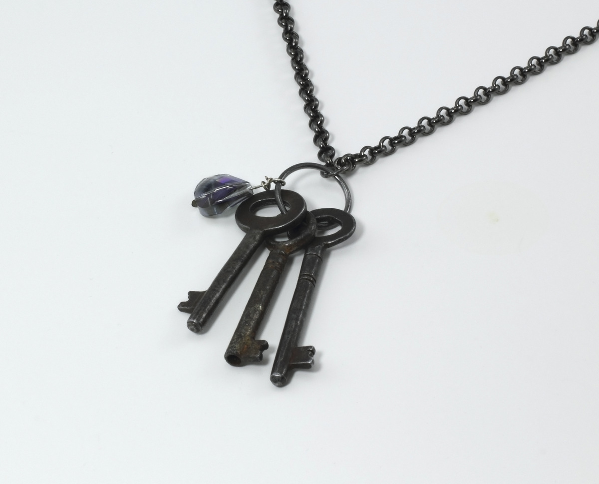 Key Necklace (large view)