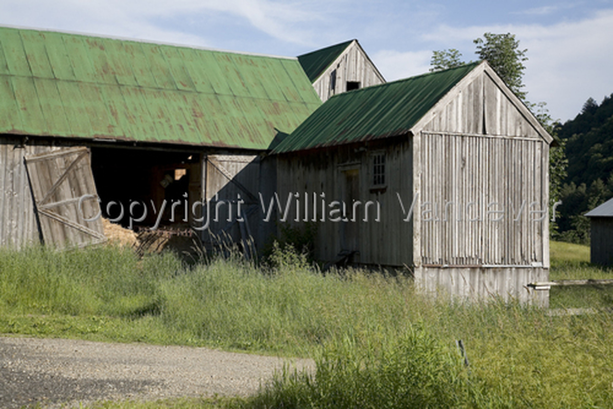 Barn 2 / Vermont (large view)