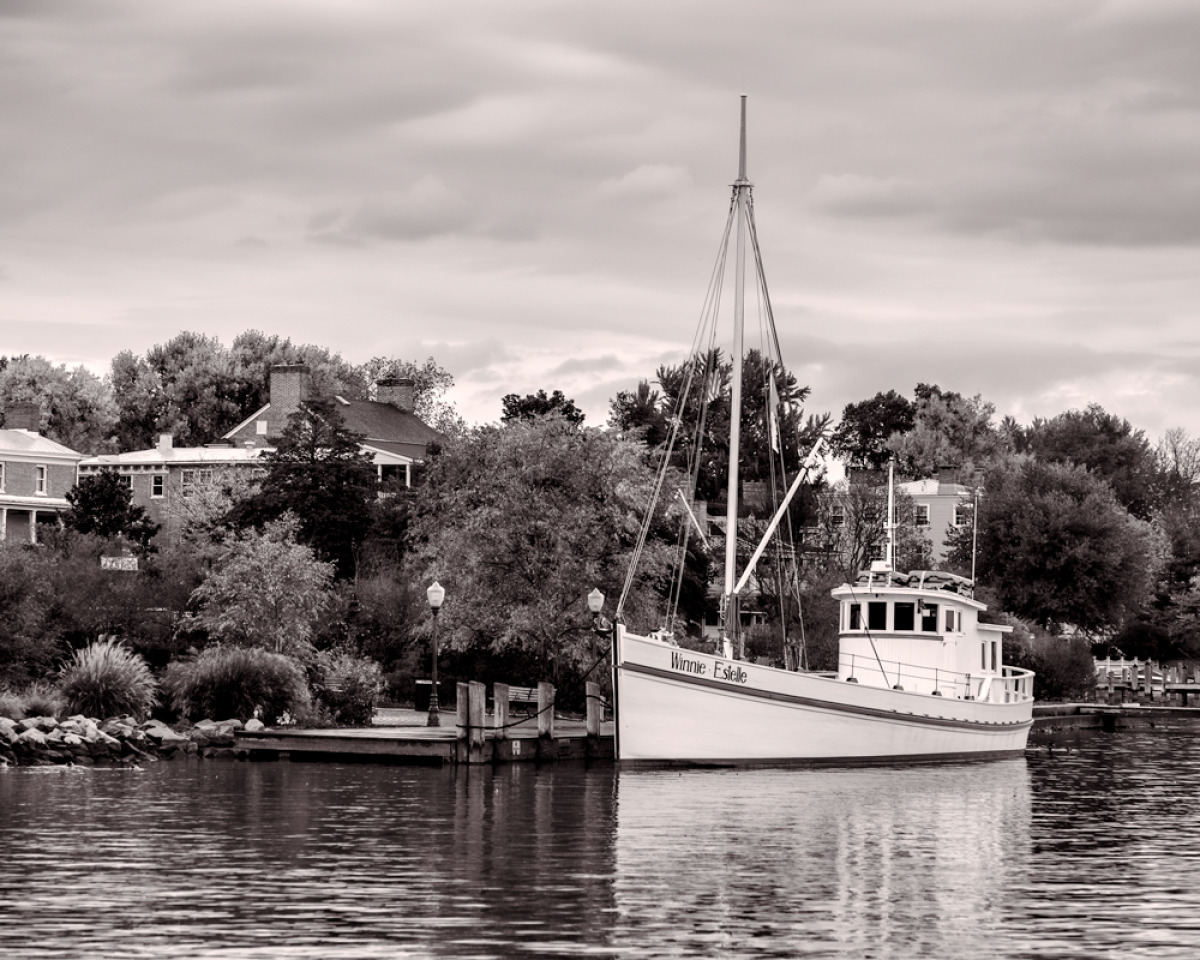 waterfront at Chestertown, MD off the Chesapeake Bay (large view)