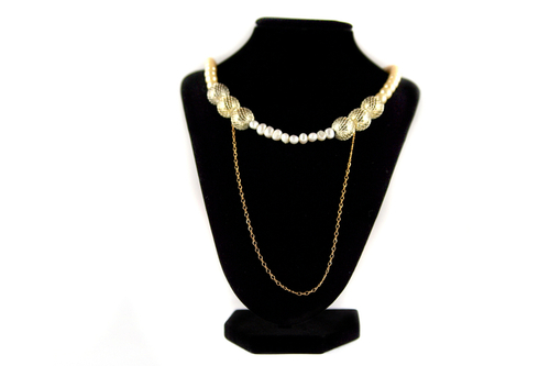 Gold-Colored Mesh  and Pearl Beads Necklace by JANE ZAMOST